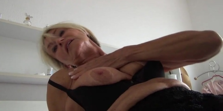 zeer oude zwarte oma Sex